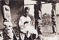 Bamum craftsman, in Cameroon (IMP-DEFAP CMCFGB-CP043 2).jpg