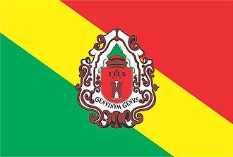 Embu das Artes - Image: Bandeira Embu