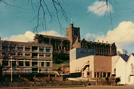 University College of North Wales, Student Union (unten links) und Theatr Gwynedd (unten rechts), um 1975