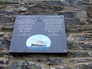 Harold Lowe - A plaque dedicated to Lowe on the harbour master's office at Barmouth Quay