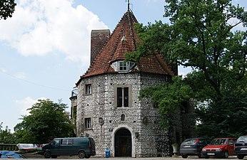 Baszta (The Tower) Villa, 13a Jodlowa street, Przegorzaly, Krakow, Poland.jpg