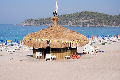 Beach bar (1084206301)