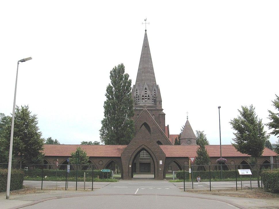 Beringen-Mijn - Sint-Theodarduskerk1