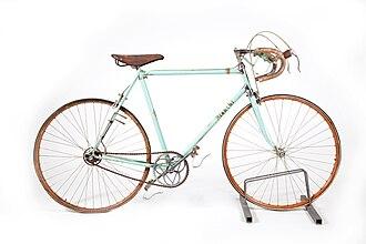 Bianchi (company) - 1950-1952 Bianchi bicycle used by Fausto Coppi. In the collections of Museo nazionale della scienza e della tecnologia Leonardo da Vinci of Milan.