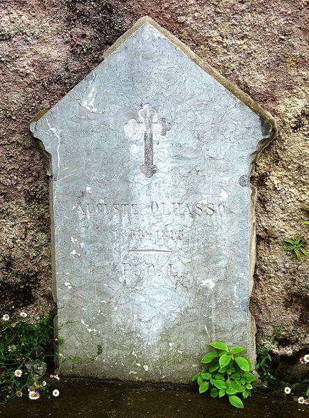 File:Bidarray headstone 17 (4742555736).jpg