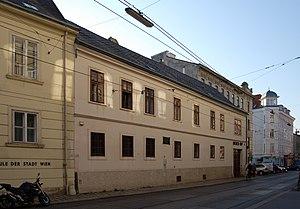 Biederhof_(Döbling)_02.jpg