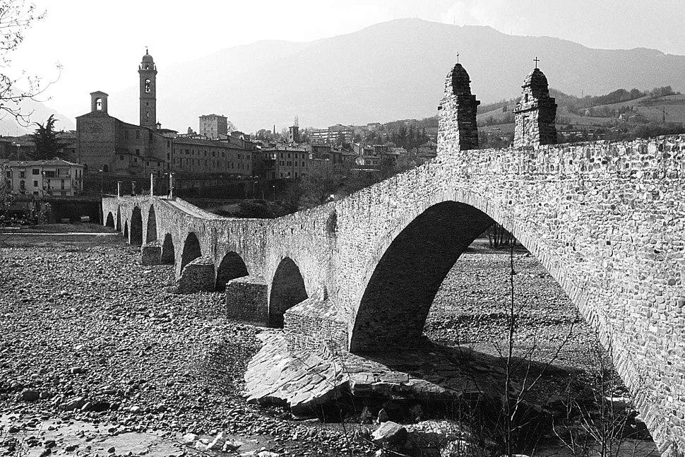 Bobbio bridge