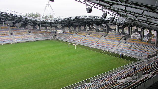 640px-Borisov-arena_stands.jpg