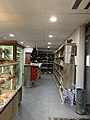 Boulangerie Bardoulet (Contrevoz) - intérieur de la boutique (partie épicerie).jpg