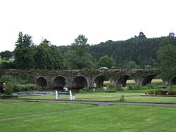 Bridge in Inistioge in 2008.jpg