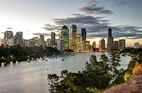 Panorama de Brisbane junto com a Kangaroo Point