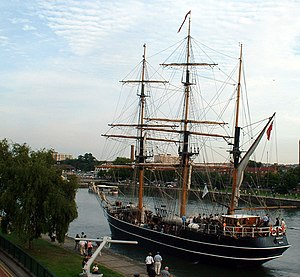 Kaskelot at the 2004 Bristol Harbour festival