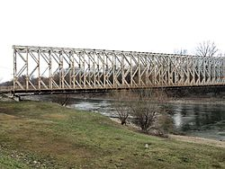 Budapest, K-híd az Óbudai-szigetre.jpg