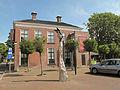 Buitenpost, standbeeld en pizzeria foto2 2013-08-25 14.24.JPG
