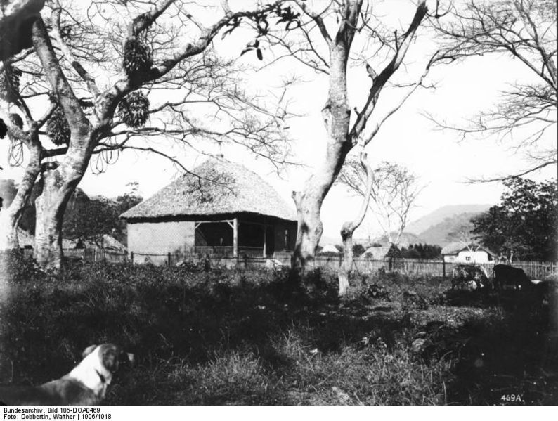 File:Bundesarchiv Bild 105-DOA0469, Deutsch-Ostafrika, Aruscha, Missionsstation.jpg