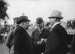 Gustav Ritter von Kahr - Gustav von Kahr (left) and Erich Ludendorff (center), 1921