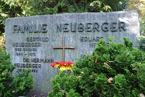 Hermann Neuberger - His grave at the Burbacher Waldfriedhof