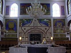 Busahyef synagogue in Zeitan, Israel.jpg