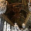 Candiles en el Palacio de Versalles.jpg