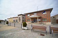 Casa consistorial de San Mamés de Burgos.jpg