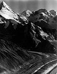 Chedotlothna Glacier, August 8, 1957 (GLACIERS 5196).jpg