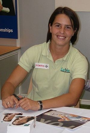 Claudine Schaul
