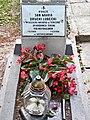 Cmentarz klaszt N-ow fc02.jpg