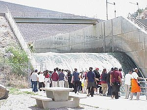 Cochiti Dam - Outlet flow at Cochiti Dam in 2002