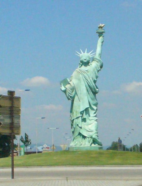Image:Colmar-statue.jpg