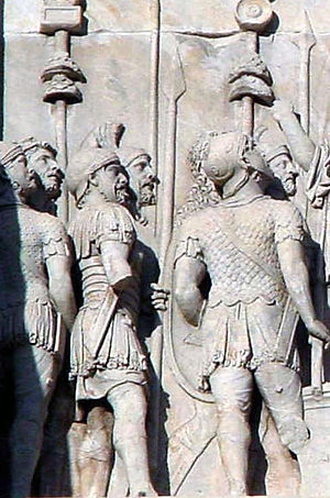 Ensign - Image: Constantine arch troops
