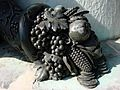 Corne d'Abondance Statue Louis XV Reims 270608 3.jpg