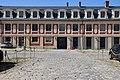 Cour d'appel de Versailles façade intérieure ouest.jpg