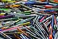 Crayons usagés récupérés comme déchets à valoriser 01.jpg