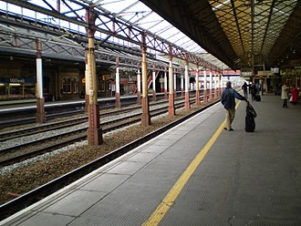 Crewe railway station - Platforms five and six are used primarily for express traffic along the West Coast Main Line.