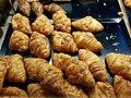 Croissants d'una pastisseria del carrer de l'arquebisbe Mayoral, València.jpg