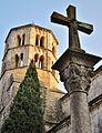 Cruz i Torre de St.Pere de Galligans.jpg