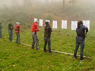 Defensive gun use - Image: Czech self defense training pic 02