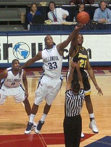 Dante Cunningham at the Palestra in Philadelphia PA in 2008.jpg