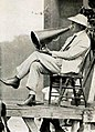 David Wark Griffith - 1922 2 (cropped).jpg