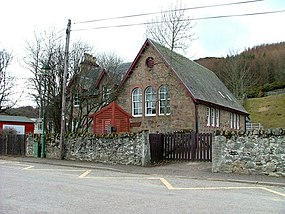 Daviot Primary school - geograph.org.uk - 1771603.jpg