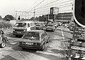 De spoorwegovergang bij de CSM suikerfabriek, ziende naar het zuidoosten. Aangekocht in 1984 van fotograaf C. de Boer. - Gepubliceerd in het Haarlems Dagblad van 30.11.1983. Identificatienum, NL-HlmNHA 1478 25900 K 38.JPG