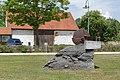 Der Steinbewohner 154 in A-2222 Bad Pirawarth.jpg