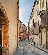 Descente de la Halle-aux-Poissons.jpg