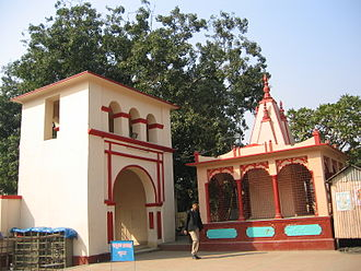 Dhakeshwari Temple - Entrance to the main temple compound