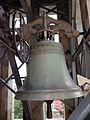 Die zweitgrösste Glocke der neuen Kirche in Oberstrass.jpg