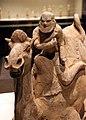 Dinastia tang, cammello e cavaliere caucasico, 700 dc ca. 02.jpg