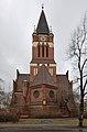 Dreifaltigkeitskirche Berlin-Lankwitz Südostansicht (2010).jpg