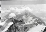 ETH-BIB-Mont Maudit, Mont Blanc du Tacul, Grand Combin v. W. aus 4900 m-Inlandflüge-LBS MH01-005776.tif