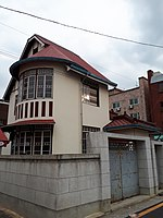 Eclectic-style house in Daeheung-dong, Daejeon,.jpg