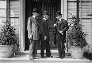 Niagara Falls peace conference - Eduardo Suárez Mujica and Domício da Gama and Romulo S. Naon at the Niagara Falls peace conference in 1914